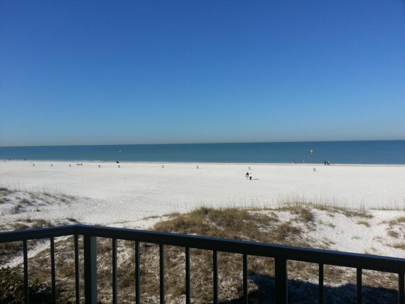 Villas of Clearwater Beach 8A |Beautiful Gulf View - Image 1 - Clearwater Beach - rentals