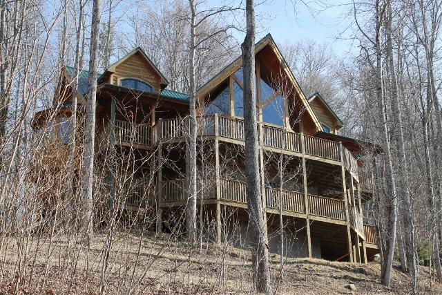 LOG CABIN!!!!! NEW FOR 2014.Large Hot Tub. Stay for 7 nights in August and receive a ten percent discount. - Image 1 - Burnsville - rentals