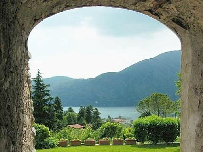 The Portico - Charme and nature  in a B&B overlooking the lake. - Mezzegra - rentals