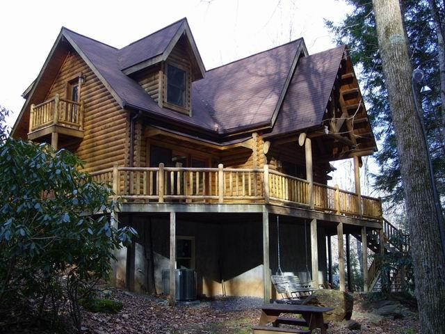 Beardise Creek..Stunning cabin.  Wood burning FP/ Creek  view and sound, hiking, near Mount Mitchell. - Image 1 - Burnsville - rentals