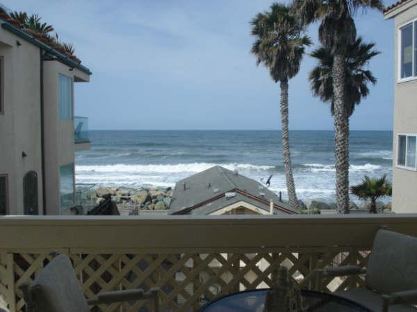 View of the Ocean from the balcony - Charming Vintage Beachfront 1 Bdrm Apt., sleeps 6 - Oceanside - rentals