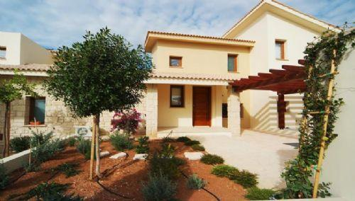 Aphrodite Hills 2 Bed Villa with Private Pool - Image 1 - Paphos - rentals