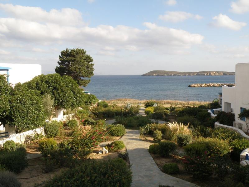View from bedroom - Family villa on the beach, near the village - Drios - rentals