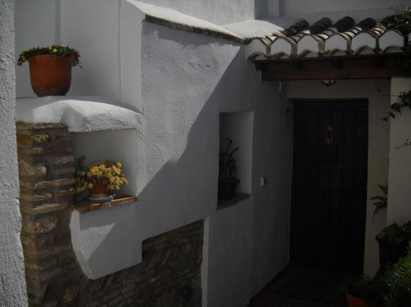 Entrance Patio del Olivo - Patio del Olivo- Private Home,  Albaicin, Granada - Granada - rentals