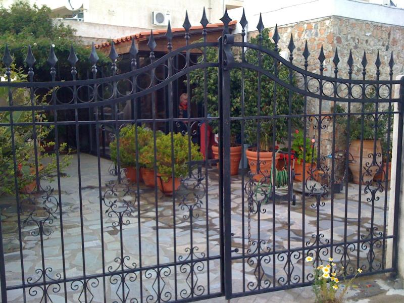 Kos Holiday Guest House with patio and garden - Image 1 - Kos - rentals