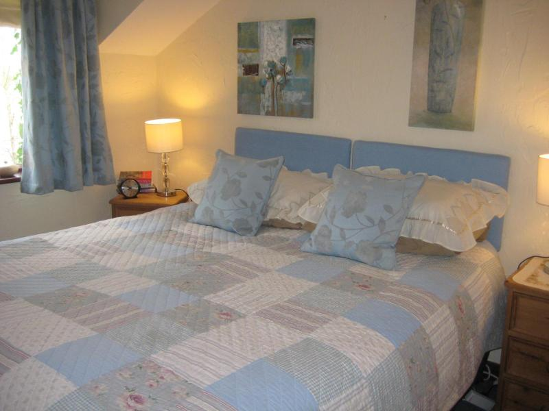 bedroom - The Shippon, country cottage sleeps 4 - Ormskirk - rentals
