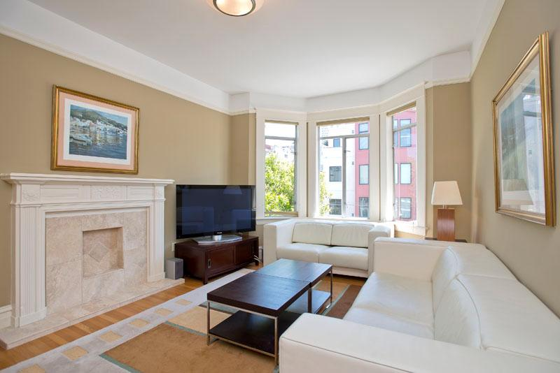SECOND FLOOR LIVING AREA  - 3 bed 2 bath or 6 bed 4 bath at Fishermans Wharf - San Francisco - rentals