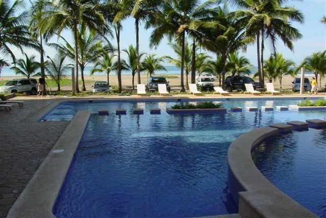 Two huge pools - Direct Ocean Front, New Modern Construction - Jaco - rentals