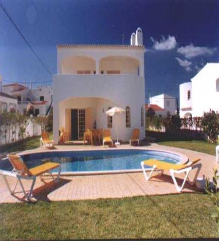 3 bdr villa w/ large pool at 1km from Coelha beach - Image 1 - Albufeira - rentals