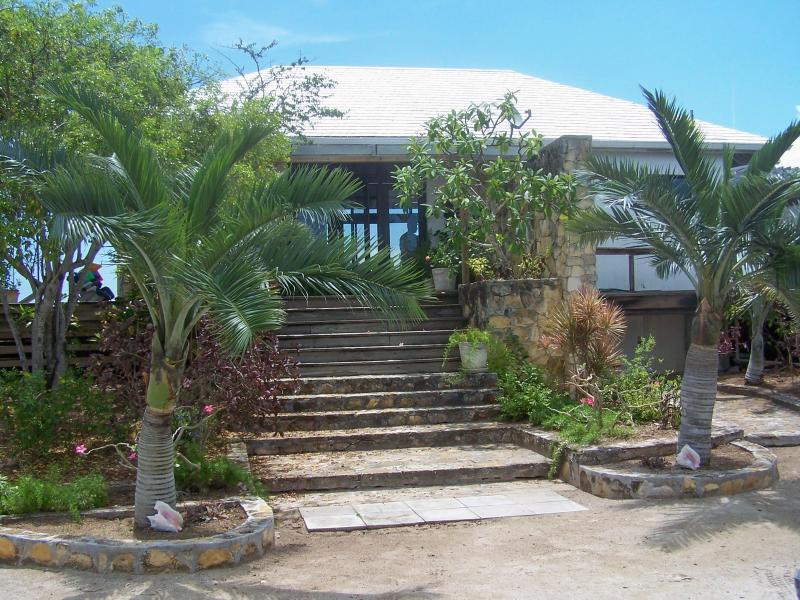 Entrance from Driveway - Private Beach Front-Watch Your Blood Pressure Drop - Tar Bay - rentals