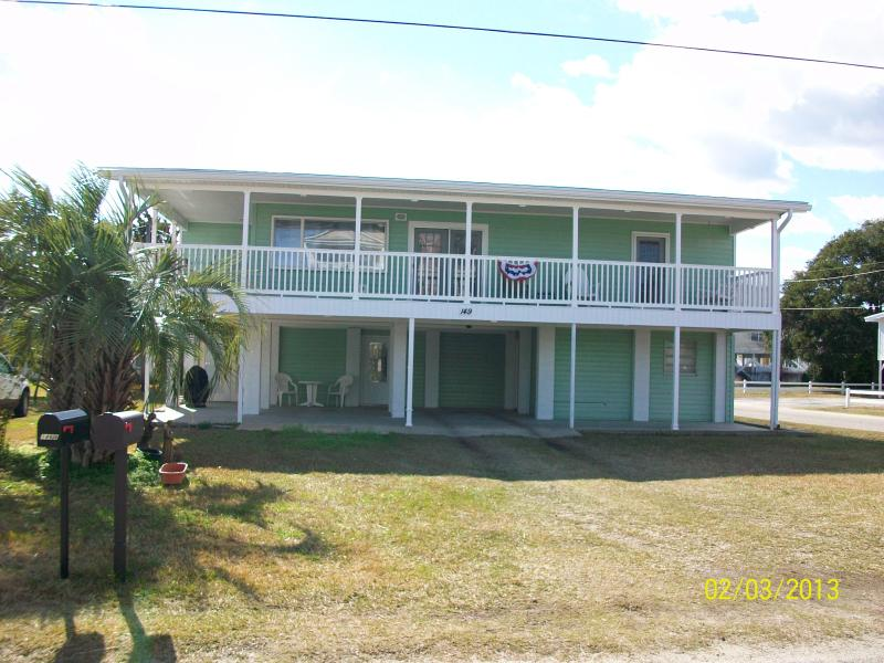 Front View - SPECTACULAR SUNRISE FROM PORCH AND JUST REMODELED - Garden City - rentals