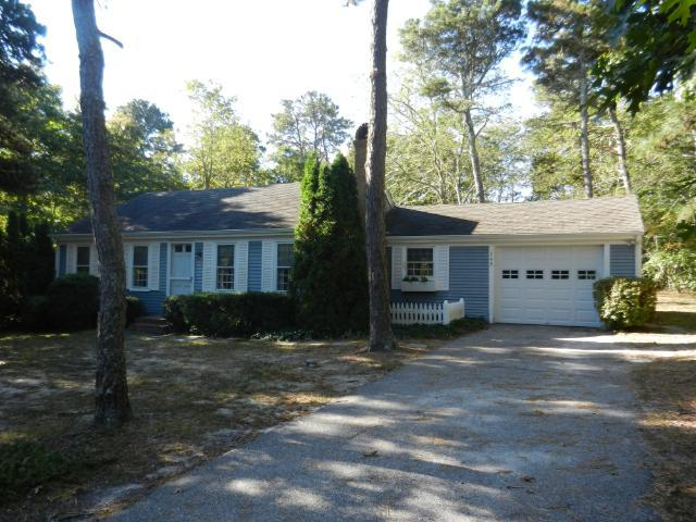 Cute Pet-Friendly Home with Private Yard (1026) - Image 1 - East Harwich - rentals
