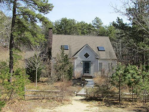 Quiet neighborhood and close to Center (1328) - Image 1 - Wellfleet - rentals