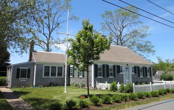 Come Enjoy This Lovely In-Town Home! (1355) - Image 1 - Wellfleet - rentals
