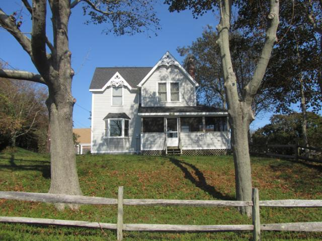 Centrally Located Victorian Style Home (1428) - Image 1 - Wellfleet - rentals