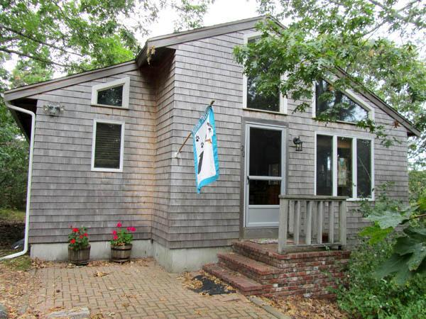 Open & Airy Home Near Wellfleet Center (1452) - Image 1 - Wellfleet - rentals
