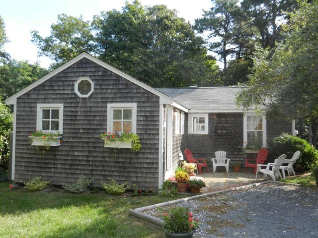 Cape Cod Cottage in Nauset Village (1481) - Image 1 - South Orleans - rentals