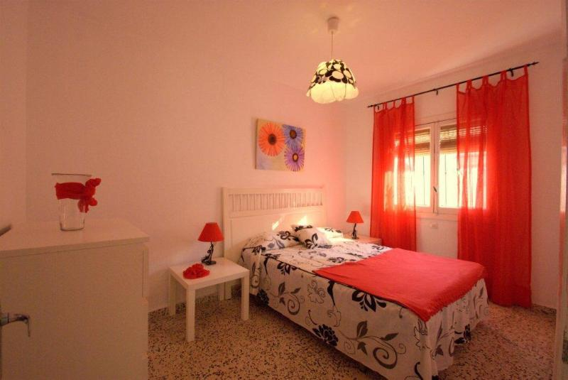 Double bed - Beach holiday house, pool, Sat Tv, BBQ,WiFi, airco - Torremolinos - rentals