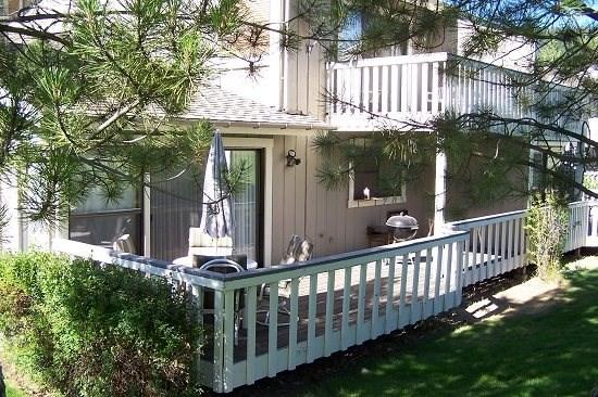#49 ASPEN Beautiful decor in the inner circle. 185.00-$220.00 BASED ON FOUR PEOPLE OCCUPANCY AND NUMBER OF NIGHTS (plus county tax, SDI, and processing fee) - Image 1 - Plumas County - rentals