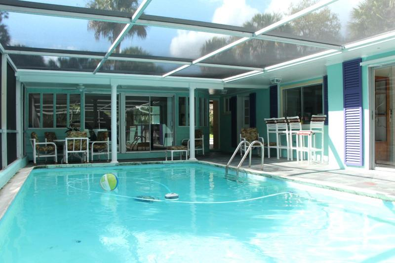 Tropical Home with heated pool & wifi near beaches - Image 1 - Hobe Sound - rentals