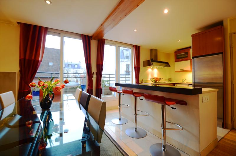 ***5 bedroom penthouse*** with private spa and jacuzzi Paris - Image 1 - 14th Arrondissement Observatoire - rentals