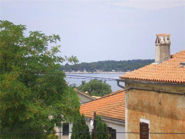 Holiday house for 4 persons near the beach in Porec - Image 1 - Funtana - rentals