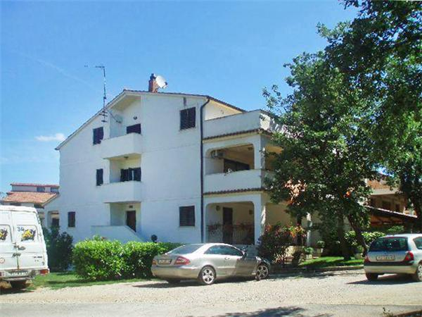 Apartment for 5 persons in Porec - Image 1 - Porec - rentals