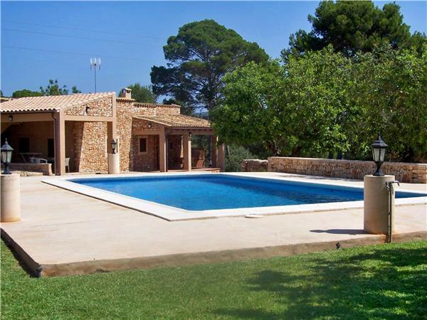 Renovated holiday house for 4 persons, with swimming pool , in Porto Petro - Image 1 - Porto Petro - rentals