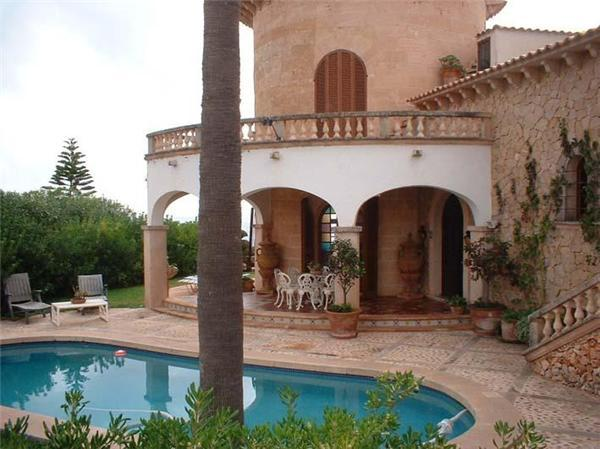 Attractive holiday house for 8 persons, with swimming pool , near the beach in Porto Cristo - Image 1 - Porto Cristo - rentals