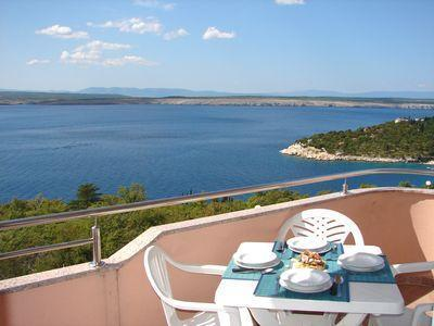 Attractive apartment for 4 persons, with swimming pool , near the beach in Crikvenica - Image 1 - Dramalj - rentals
