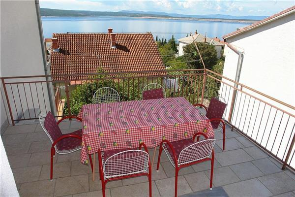 Apartment for 7 persons near the beach in Crikvenica - Image 1 - Crikvenica - rentals