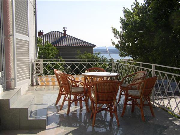 Apartment for 8 persons near the beach in Crikvenica - Image 1 - Crikvenica - rentals