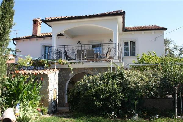 Holiday house for 8 persons in Krk - Image 1 - Pinezici - rentals