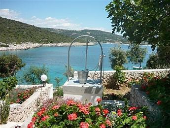 Apartment for 3 persons near the beach in Sibenik - Image 1 - Rogoznica - rentals
