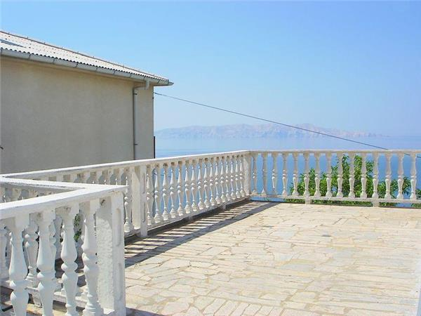 Apartment for 4 persons near the beach in Senj - Image 1 - Senj - rentals