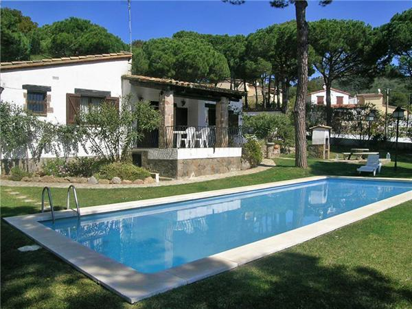 Holiday house for 8 persons, with swimming pool , in Begur - Image 1 - Begur - rentals