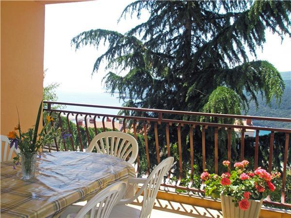 Apartment for 7 persons in Rabac - Image 1 - Rabac - rentals