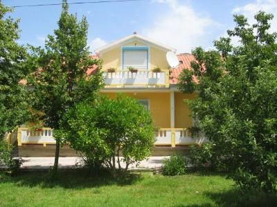 Apartment for 3 persons near the beach in Rab - Image 1 - Banjol - rentals