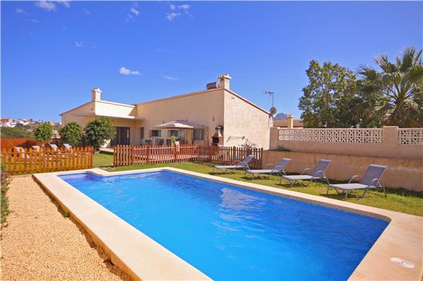 Holiday house for 14 persons, with swimming pool , in Calpe - Image 1 - Calpe - rentals