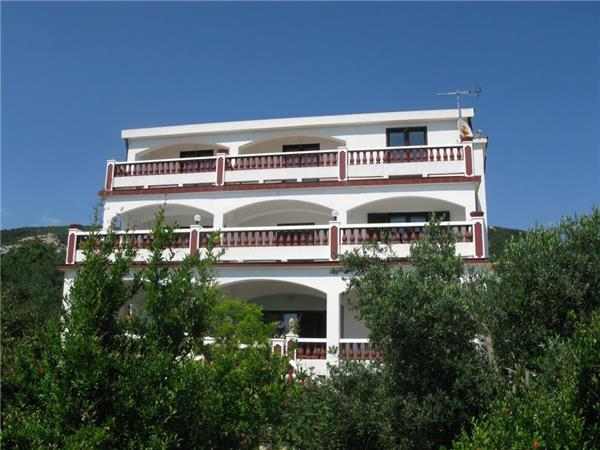 Apartment for 5 persons in Rab - Image 1 - Banjol - rentals