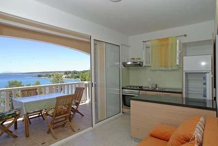 Apartment for 5 persons near the beach in Korcula - Image 1 - Vela Luka - rentals