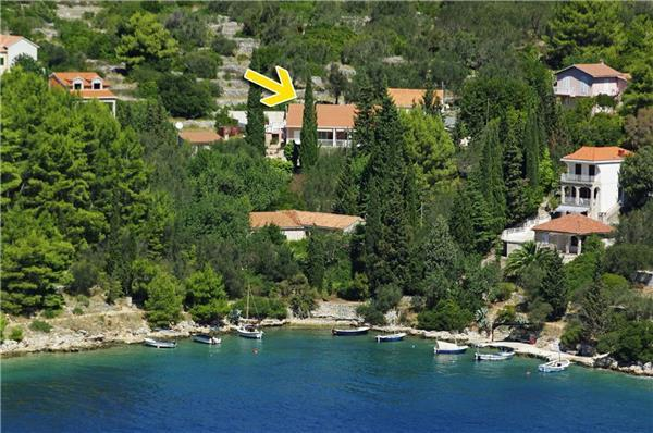 Apartment for 5 persons, with swimming pool , near the beach in Korcula - Image 1 - Vela Luka - rentals