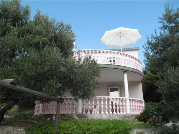 Apartment for 7 persons near the beach in Rab - Image 1 - Banjol - rentals