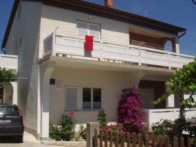 Apartment for 4 persons in Rab - Image 1 - Lopar - rentals