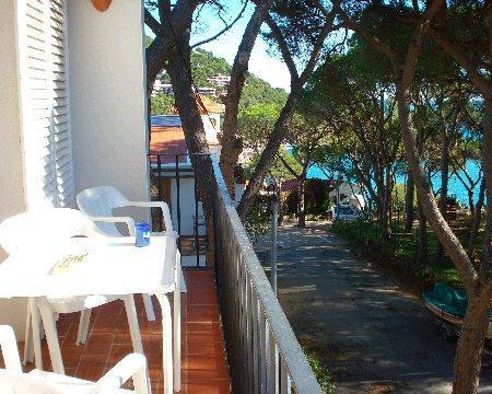 Attractive apartment for 4 persons near the beach in Llafranc - Image 1 - Llafranc - rentals