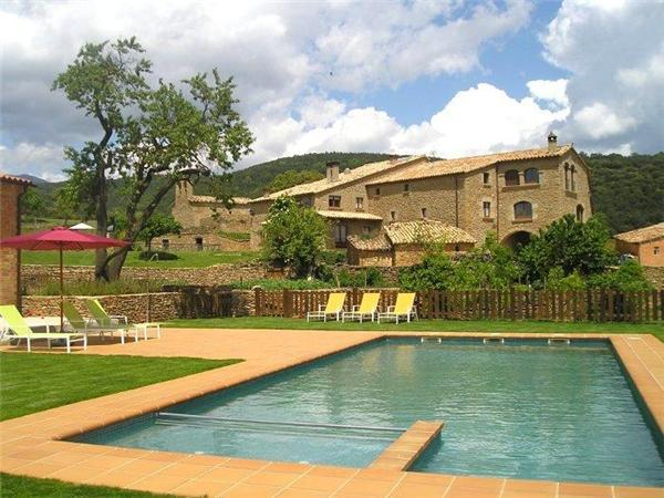 Holiday house for 6 persons, with swimming pool , in Pyrenees - Image 1 - Lladurs - rentals