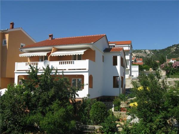 Apartment for 2 persons near the beach in Rab - Image 1 - Barbat - rentals
