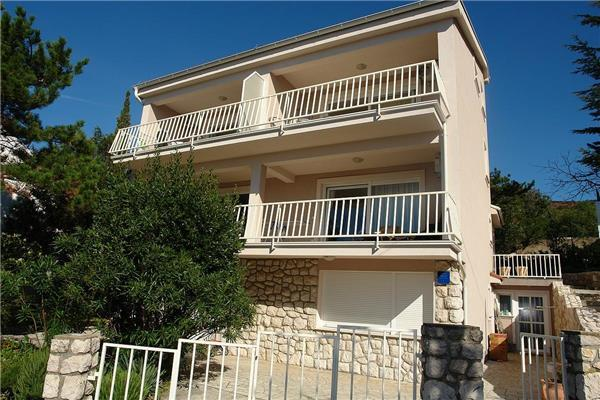 Holiday house for 6 persons near the beach in Selce - Image 1 - Selce - rentals