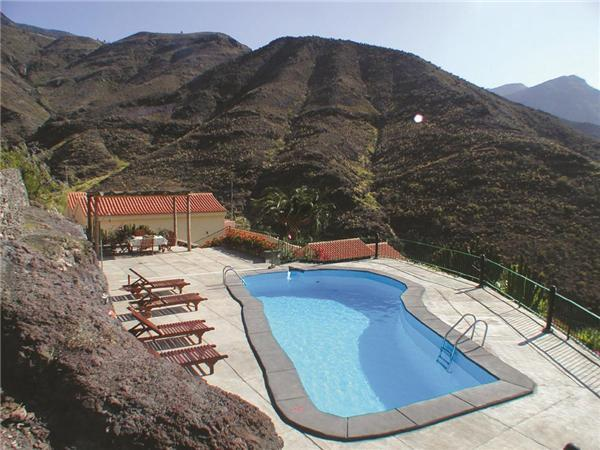 Attractive holiday house for 8 persons, with swimming pool , in Agaete - Image 1 - El Paso - rentals