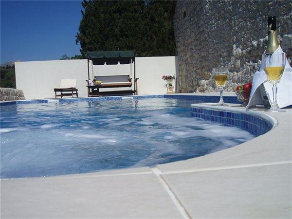 Newly renovated holiday house for 10 persons, with swimming pool , in Dubrovnik - Image 1 - Mlini - rentals